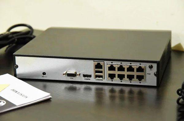 Сетевой 8 канальный POE NVR видеорегистратор DS-7108NI-Q1/8P/M